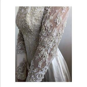 VINTAGE 60s lace wedding dress
